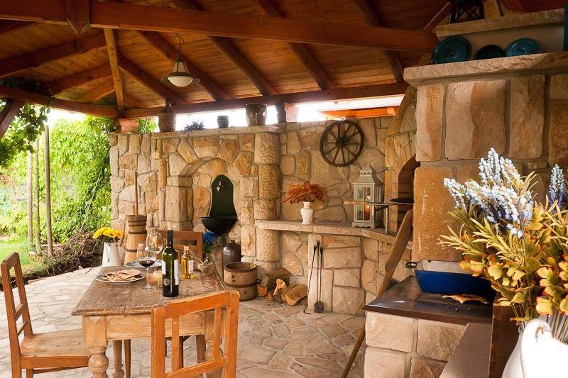 10-rustikalni-zahradni-kuchyn-hrdina-ceske-piskovce