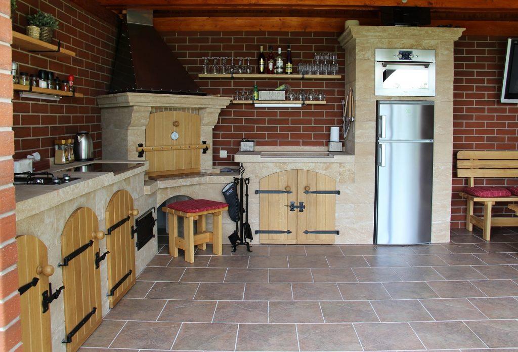 6-luxusni-plne-vybavena-zahradni-kuchyne-krby-kozak